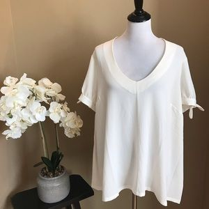 ModCloth Cream V-Neck Short Sleeve Blouse 3X